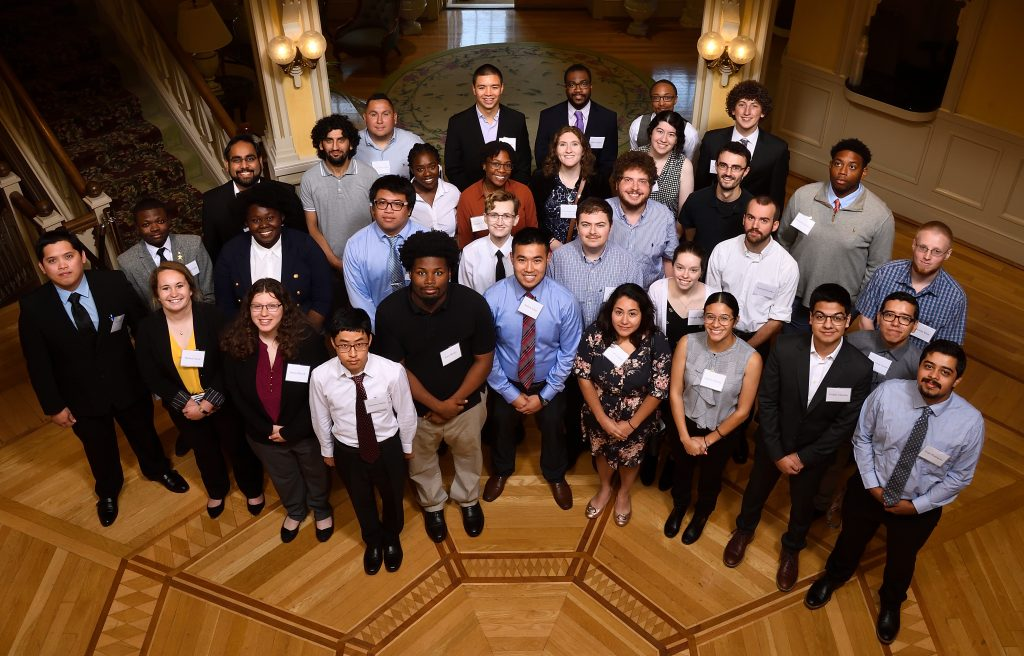 Student group photo at 2019 MDSGC research symposium
